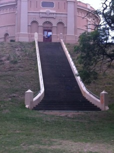 personal trainer - Sydney  - STAIR SPRINTS